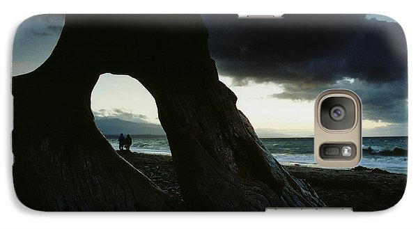 Galaxy Case featuring the photograph Dusk At Dungeness by Rick Frost