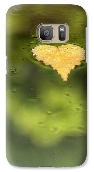 Galaxy Case featuring the photograph Float  by Richard Piper