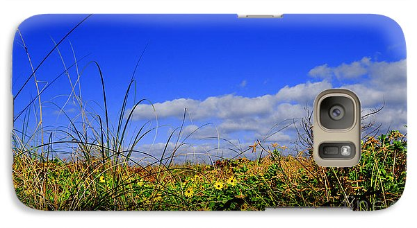 Galaxy Case featuring the photograph Flowers At The Beach by Linda Mesibov