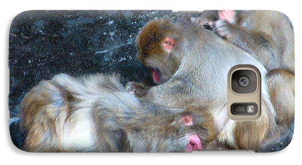 Galaxy Case featuring the photograph Free Buffet And Grooming by Sarah McKoy