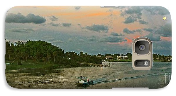 Galaxy Case featuring the photograph Jupiter Lighthouse Moon Rising by Larry Nieland