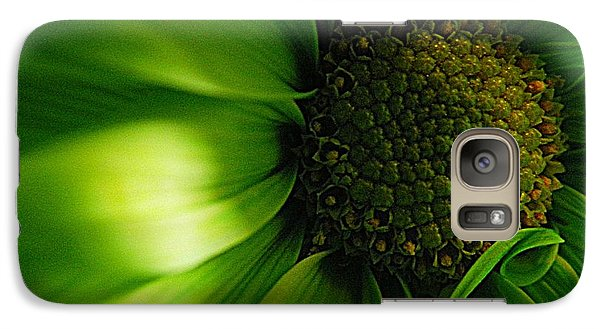 Galaxy Case featuring the photograph Green Daisy by Robin Dickinson