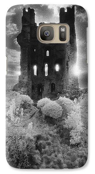 Dungeon Galaxy S7 Case - Helmsley Castle by Simon Marsden