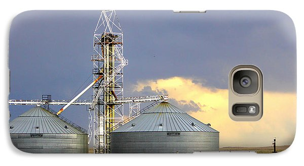 Galaxy Case featuring the photograph Kansas Farm by Jeanette C Landstrom