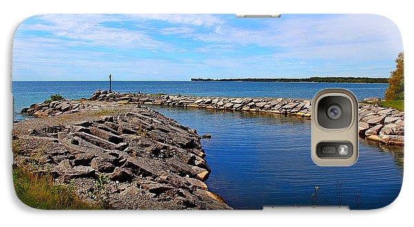 Galaxy Case featuring the photograph Lakeside Bend by Davandra Cribbie