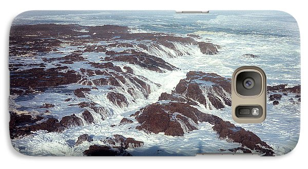 Galaxy Case featuring the photograph Lava Rock 90 Mile Beach by Mark Dodd