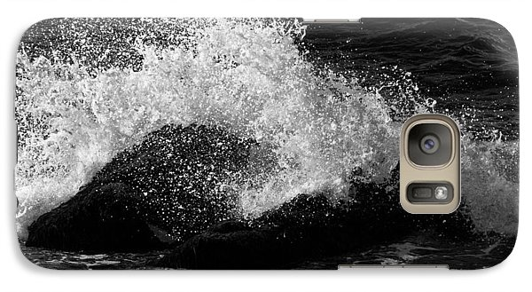 Galaxy Case featuring the photograph Making Waves by Nancy De Flon