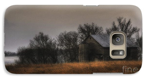 Galaxy Case featuring the photograph Morning Fog At Jorgens Barn by Trey Foerster