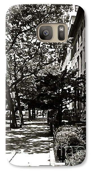 Galaxy Case featuring the photograph New York Sidewalk by Eric Tressler