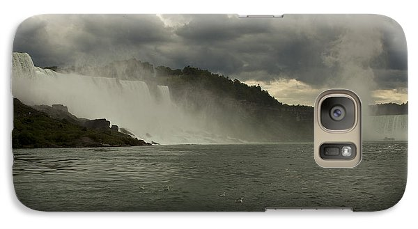 Galaxy Case featuring the photograph Niagara Power by Darleen Stry