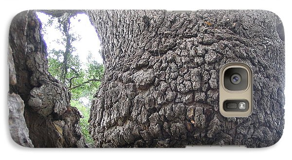 Galaxy Case featuring the photograph Old Couple by Mark Robbins