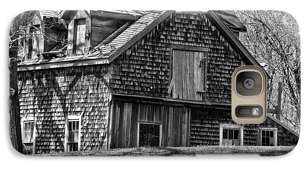 Galaxy Case featuring the photograph Old House In Adamsville Ri by Nancy De Flon
