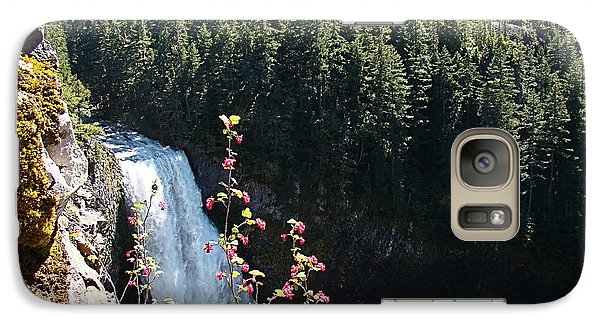 Galaxy Case featuring the photograph On The Brink by Nick Kloepping