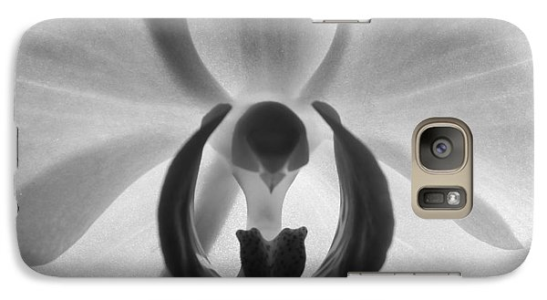 Galaxy Case featuring the photograph Orchid Heart by Kume Bryant