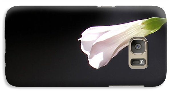 Galaxy Case featuring the photograph Oxalis Bud by Kume Bryant