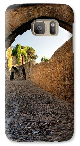 Galaxy Case featuring the photograph Pathway Through Gordes France by Dave Mills