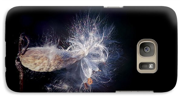 Galaxy Case featuring the photograph Pod In The Wind by Deniece Platt