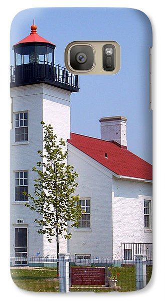 Galaxy Case featuring the photograph Sand Point Lighthouse In Escanaba Mi by Mark J Seefeldt