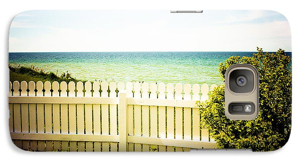 Galaxy Case featuring the photograph Seaside Retreat by Sara Frank