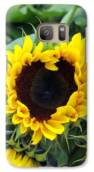 Galaxy Case featuring the photograph Sharing The Love by Linda Mishler