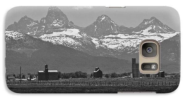 Galaxy Case featuring the photograph Tetonia Grain Elevators by Eric Tressler