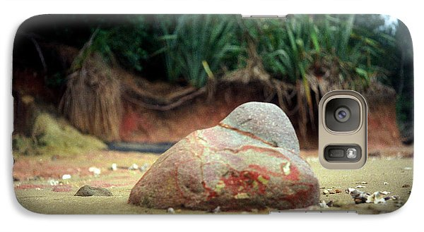 Galaxy Case featuring the photograph Tinopai Beach Rock by Mark Dodd