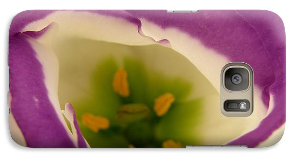 Galaxy Case featuring the photograph Vibrant by Lainie Wrightson