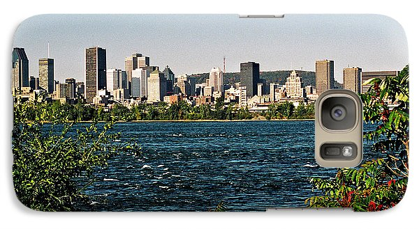 Galaxy Case featuring the photograph Ville De Montreal by Juergen Weiss