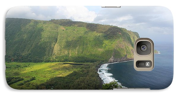 Galaxy Case featuring the photograph Waipio Valley by Scott Rackers