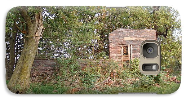 Galaxy Case featuring the photograph Walnut Grove School Ruins by Bonfire Photography