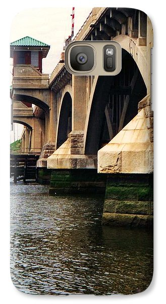 Galaxy Case featuring the photograph Washington Bridge by John Scates