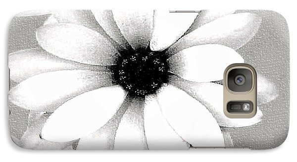 Galaxy Case featuring the photograph White Daisy by Tammy Espino