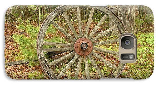Galaxy Case featuring the photograph Wood Spoked Wheel by Sherman Perry