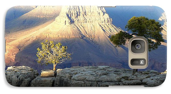 Galaxy Case featuring the photograph Yavapai Point Cliff Hangers by Scott Rackers