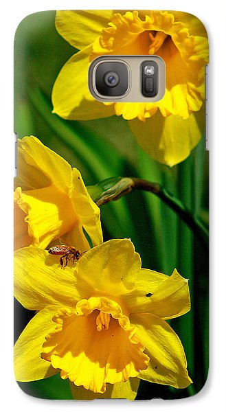 Galaxy Case featuring the photograph Yellow Daffodils And Honeybee by Kay Novy