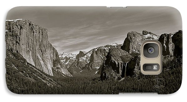 Galaxy Case featuring the photograph Yosemite Valley by Eric Tressler