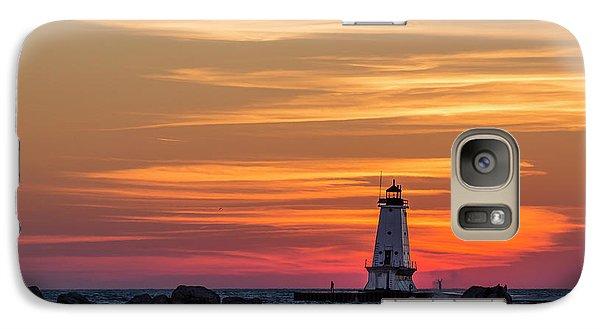 Marquette Galaxy S7 Case - Beautiful Ludington Lighthouse Sunset by Adam Romanowicz