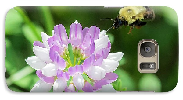 Bumble Bee Pollinating A Flower Galaxy S7 Case by Ricky L Jones