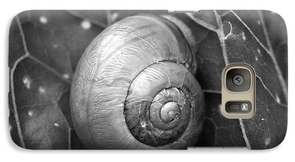 Galaxy Case featuring the photograph Conch by Jouko Lehto