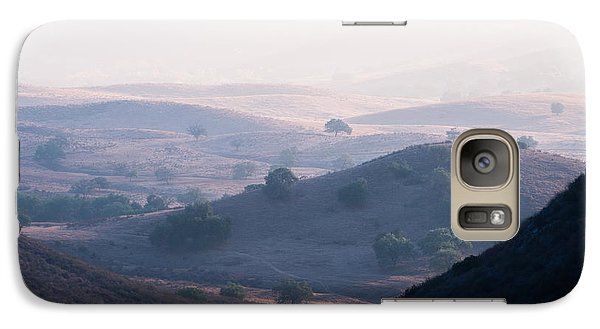 Galaxy Case featuring the photograph Hazy Pamo Valley by Alexander Kunz