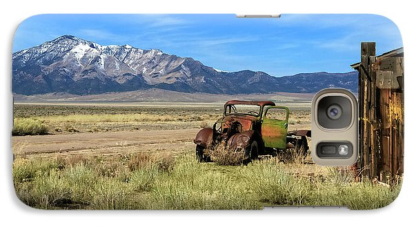 Galaxy Case featuring the photograph The Old One by Robert Bales