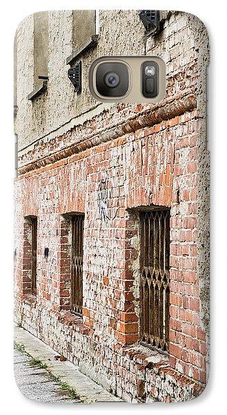 Dungeon Galaxy S7 Case - Derelict Building by Tom Gowanlock