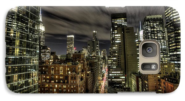 Galaxy Case featuring the photograph A New York City Night by Shawn Everhart