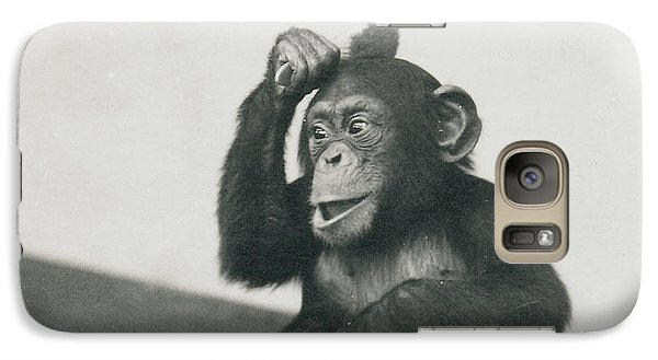A Young Chimpanzee Playing With A Brush Galaxy S7 Case