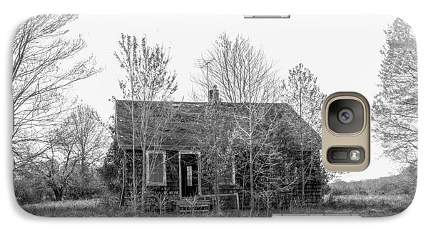 Galaxy Case featuring the photograph Abandoned House Queenstown, Md  by Charles Kraus