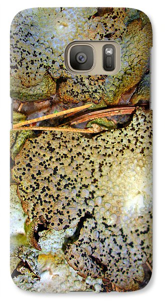 Galaxy Case featuring the photograph Abstraction In Lichen by Lynda Lehmann