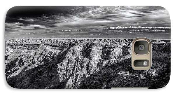 Galaxy Case featuring the photograph Alberta Badlands by Wayne Sherriff