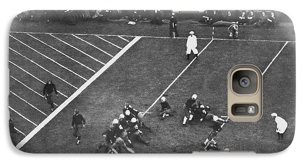 Soldier Field Galaxy S7 Case - Albie Booth Kick Beats Harvard by Underwood Archives