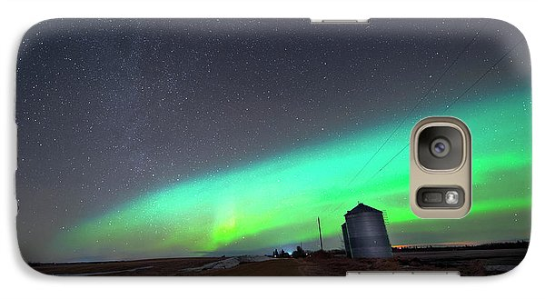 Galaxy Case featuring the photograph Arc Of The Aurora by Dan Jurak