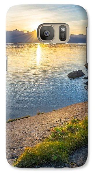 Galaxy Case featuring the photograph Arctic Sunrise by Maciej Markiewicz
